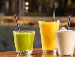 Кофемания отказывается от пластиковых трубочек