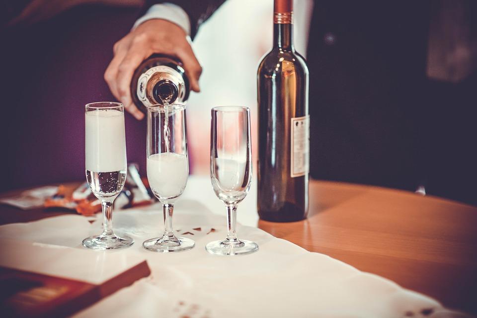 Российское вино разрешили рекламировать