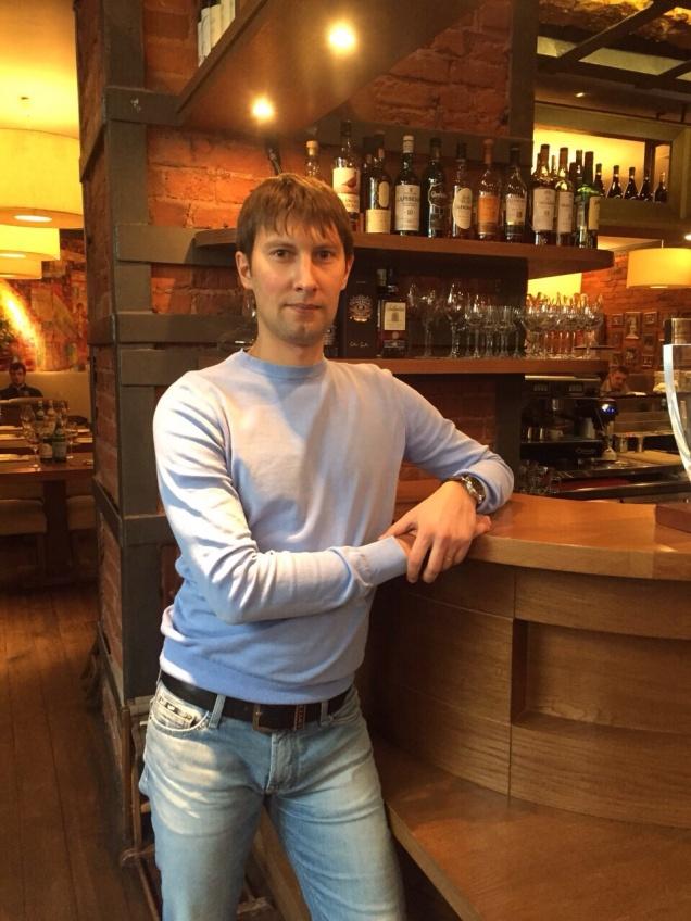 Пьем с Олегом Кашиным