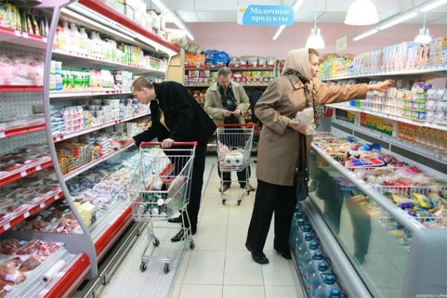Медведев поручил исключить необоснованный рост цен на продовольствие