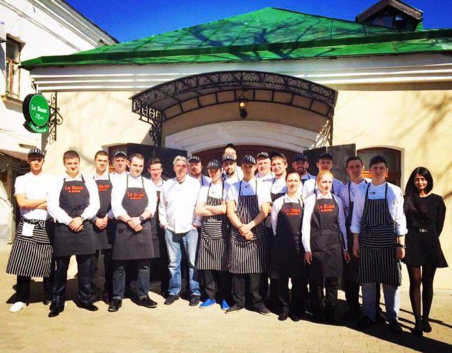 Анатолий Комм открыл Le Bazar в Суздале