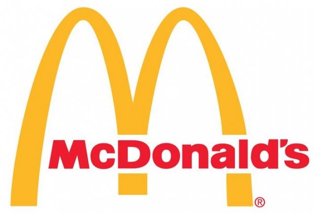 Онищенко и Пушков высказались против «Макдоналдса»