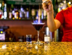 В Госдуме предлагают разрешить продажу алкоголя в домах только с согласия жильцов