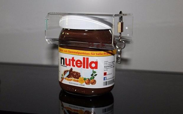 Немец изобрел замок для Nutella