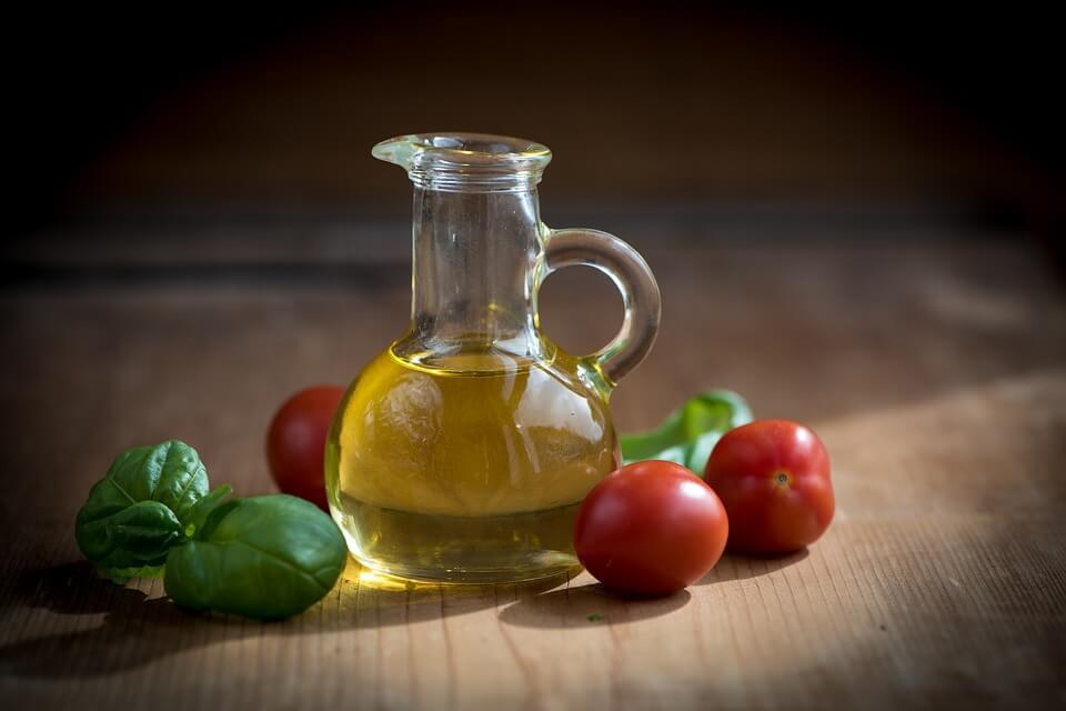 Оливковое масло полезно для мясоедов
