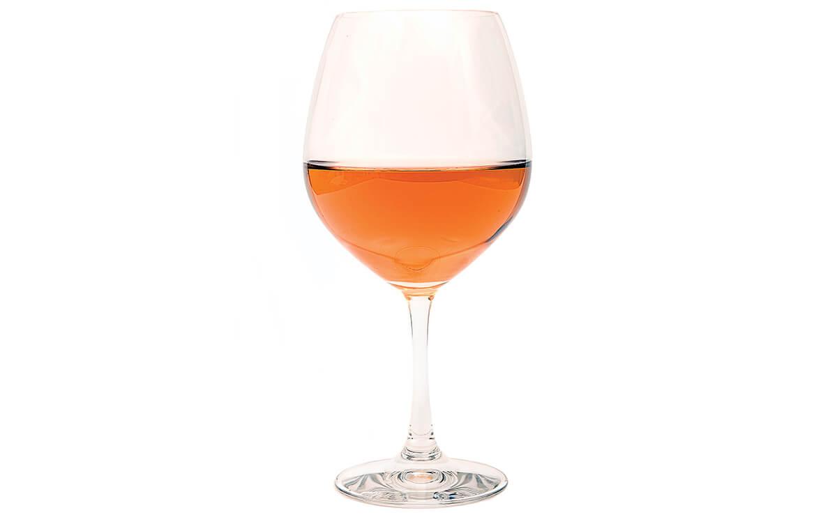 Оранжевое вино назвали хитом лета