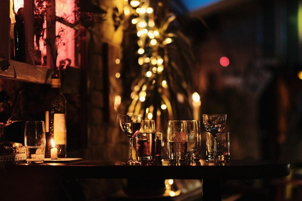 В ночные клубы и бары теперь будут пускать по QR-кодам