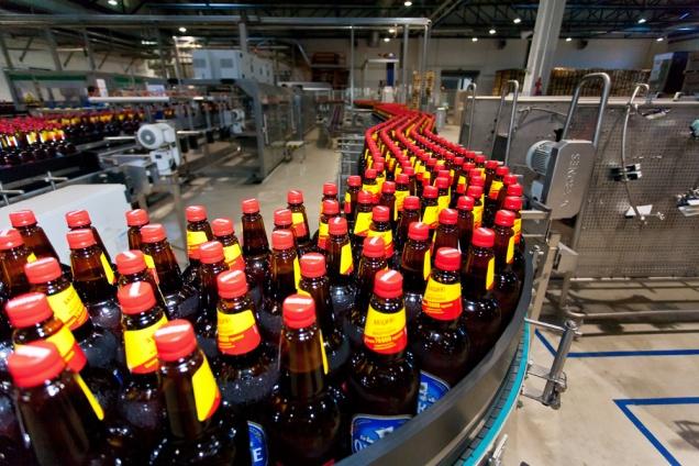 Пиво в пластиковых бутылках проверят