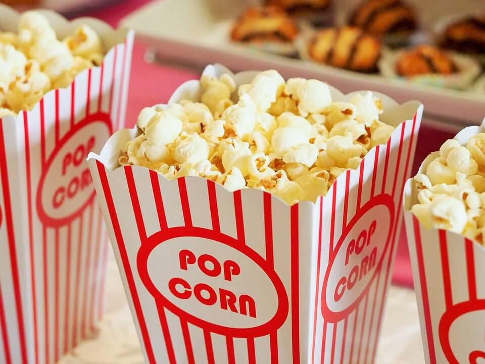 В Израиле разрешили ходить в кино со своим попкорном