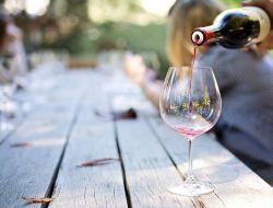 Описание вина влияет на его вкус