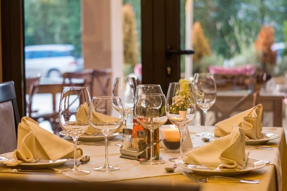 Российские рестораны теряют посетителей