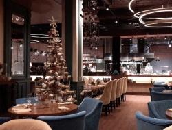 Есенин, Дункан и Ивлев: модный кабак с хорошим баром