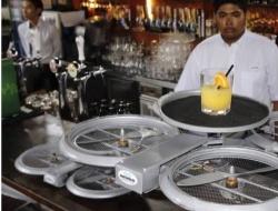 В сингапурских ресторанах появятся дроны-официанты