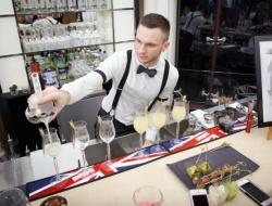 Лучший российский бармен-алхимик — Артем Аверин