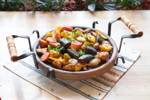Тихие болгары: ракия и шопский салат