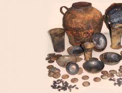 В Москве раскопали самогонный аппарат XVII века