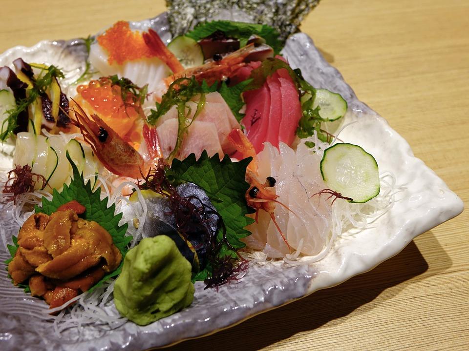 Мишленовский ресторан Японии закрыли после отравления посетителей