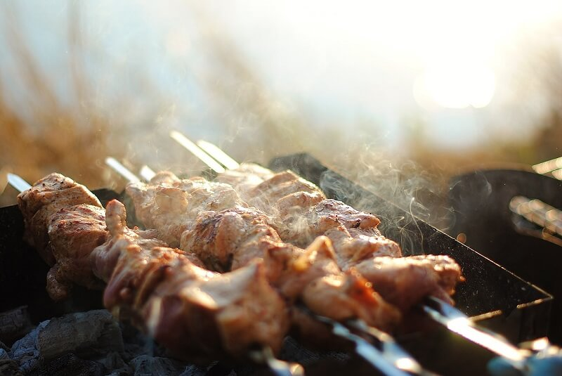 В России запретят жарить шашлыки этим летом