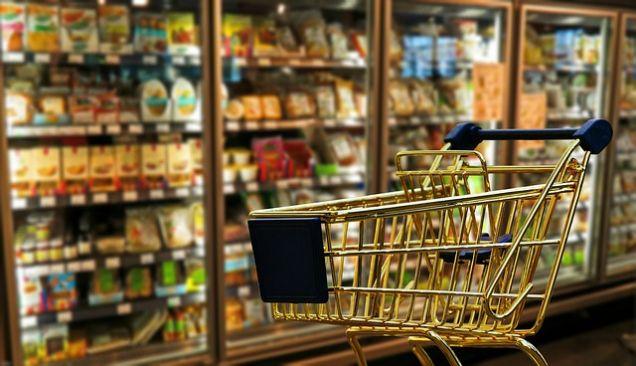 Средний чек в российских магазинах достиг минимума за 2 года