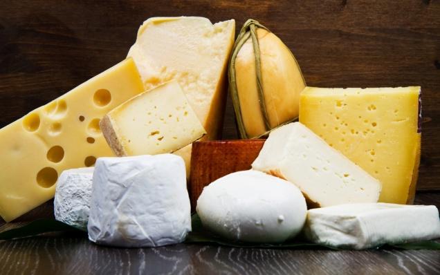 Союзмолоко опроверг сообщение о 80% фальсификата на рынке сыра