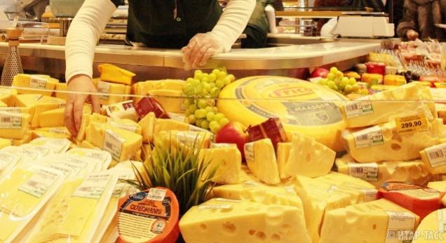 Роспотребнадзор запретил импорт сыров из Польши