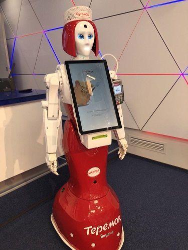 «Теремок» ставит за кассу роботов