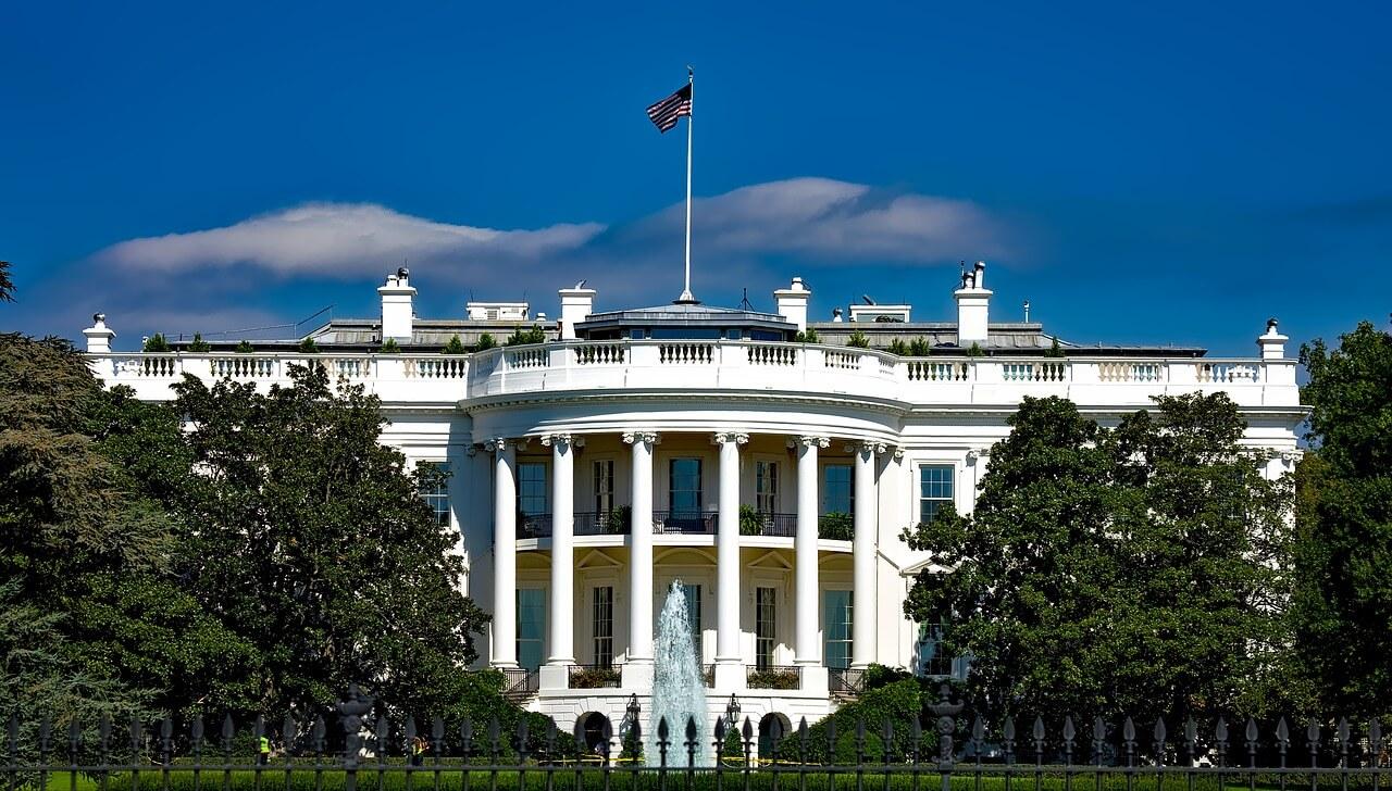 Белый дом перейдет на фастфуд с приходом Трампа