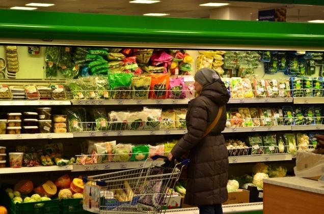 Доля российских продуктов в магазинах выросла на 2-10%