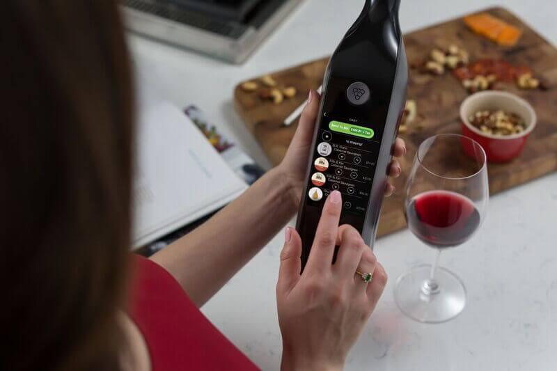 Американцы изобрели «умную» бутылку для вина