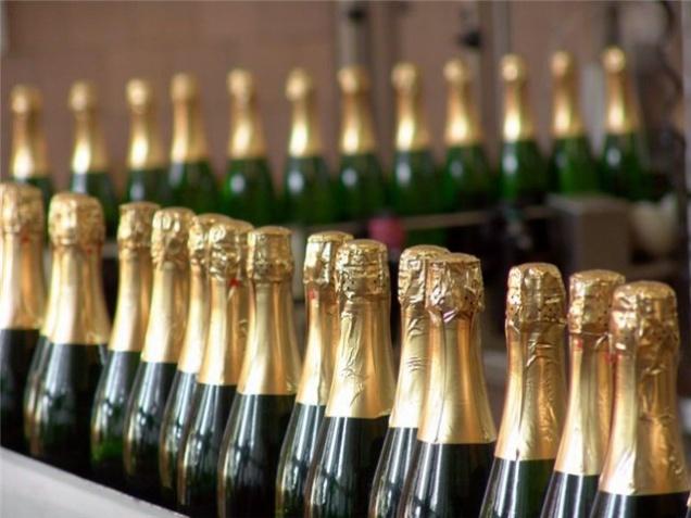 Государство будет регулировать цены на вино