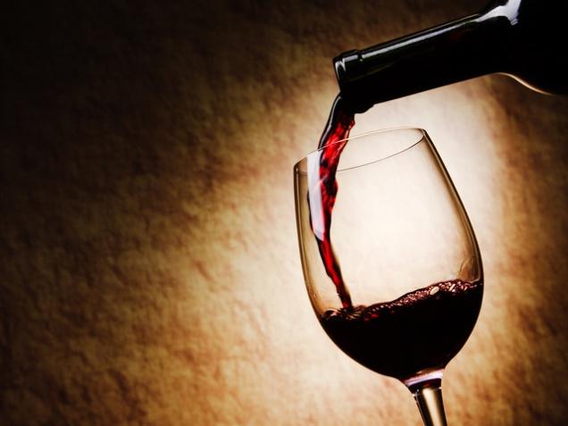 Реклама российского вина появится на ТВ не раньше 2016 года