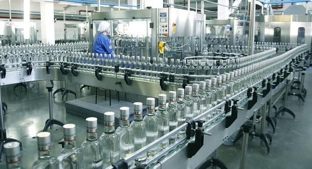 Продажи водки в России снизились на 8%