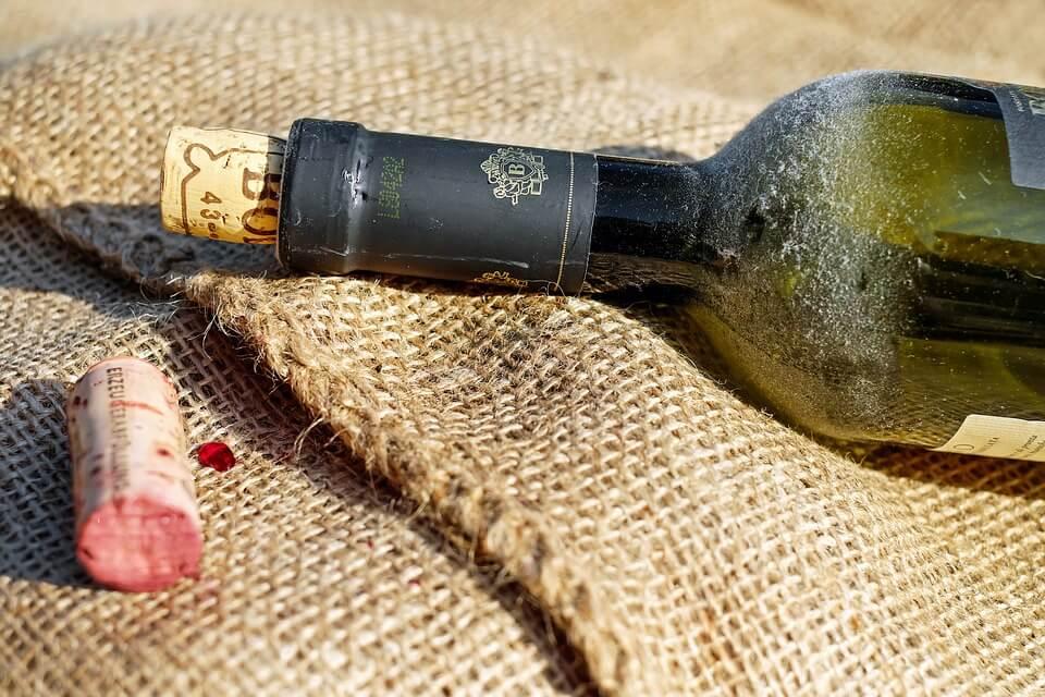 Самое древнее вино в мире нашли на Сицилии