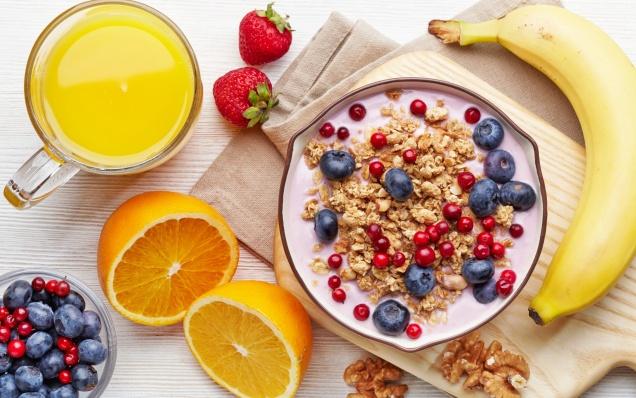 Диетологи рассказали, каким должен быть завтрак