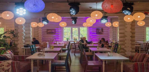 ИЗБУШКА family cafe