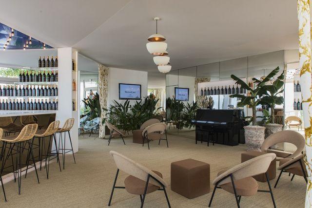 Mouton Cadet Wine Bar (Работает только в дни проведения Каннского кинофестиваля)
